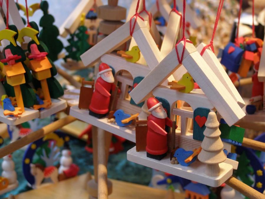 german-christmas-decorations-2-1416021